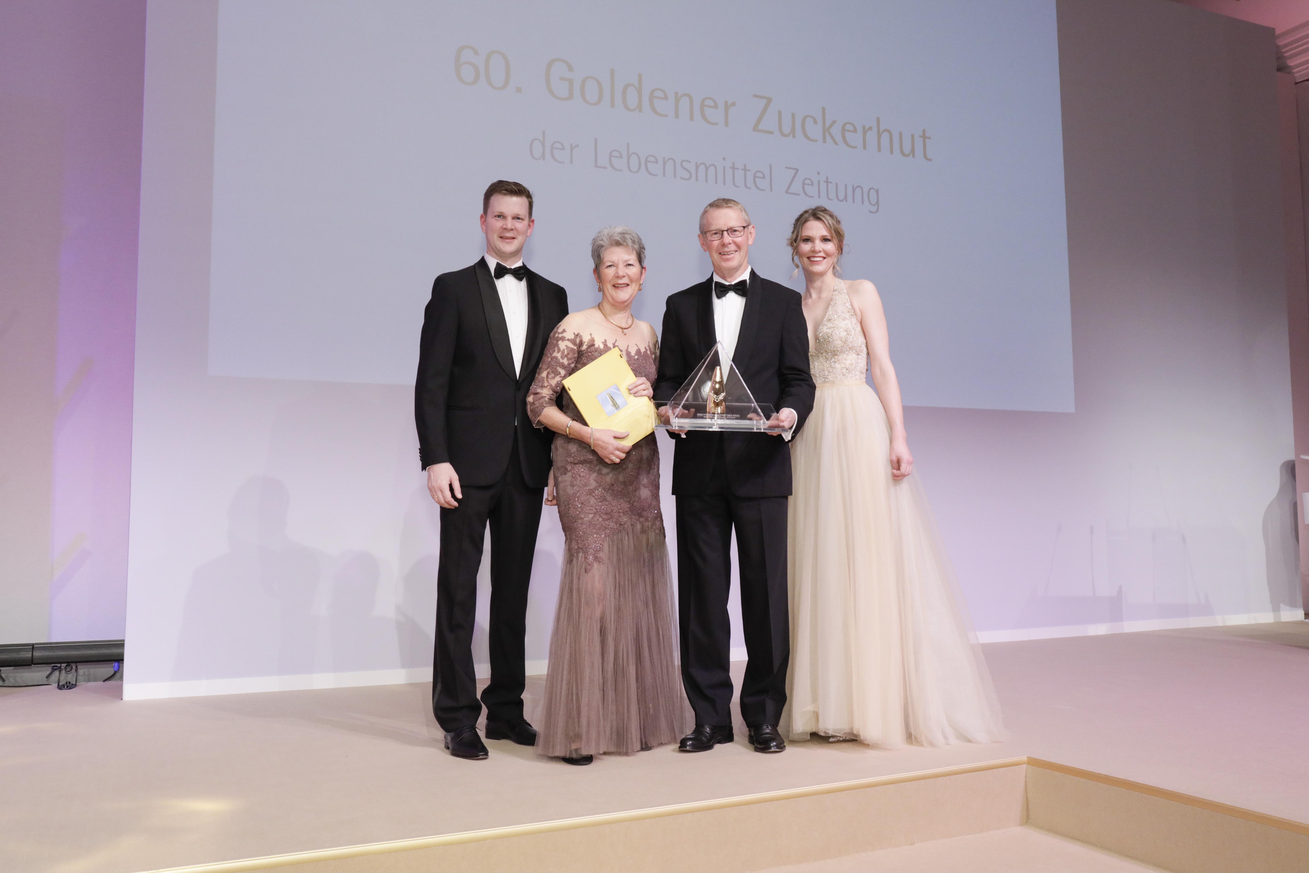 Edeka Cramer wird mit dem 'Goldenen Zuckerhut' geehrt
